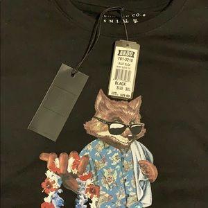Akoo 3xl shirt